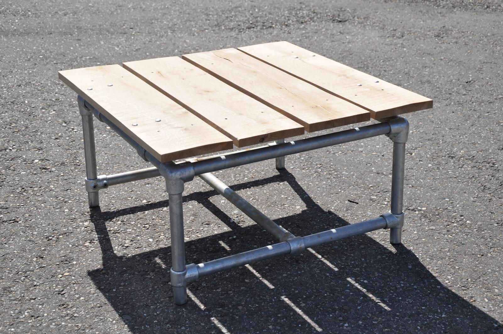 Tafel 080 – staal en eiken